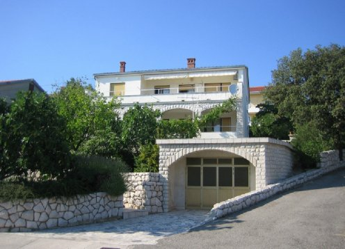 Novi Vinodolski - Apartmani Marino - App. 2+1 (prizemlje)