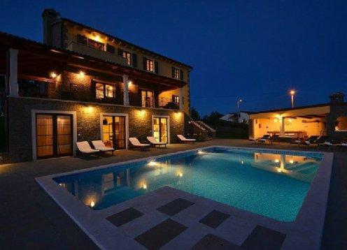 Buzet - Villa Maslina für 12 Personen