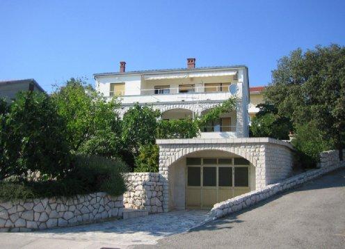 Novi Vinodolski - Apartmani Marino - App. 2+2 (Erdgeschoss)
