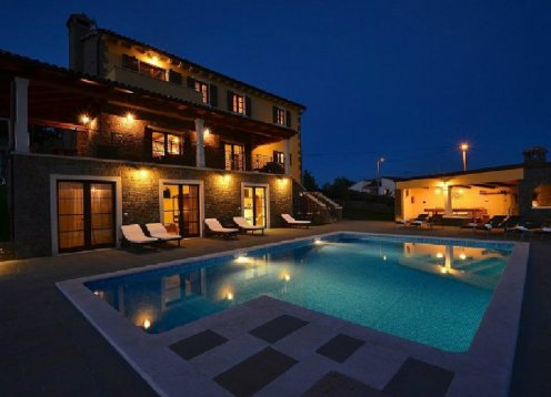Buzet - Villa Maslina for 12 Person